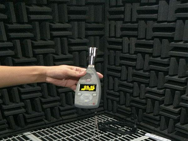 消声室实测声学效果:22.3dB(A)